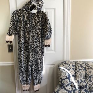 Leopard onesie plush costume kids size L (6-7)